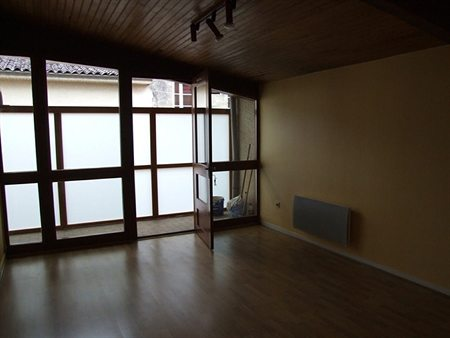 Location appartement libourne 33500 460 for Appartement libourne